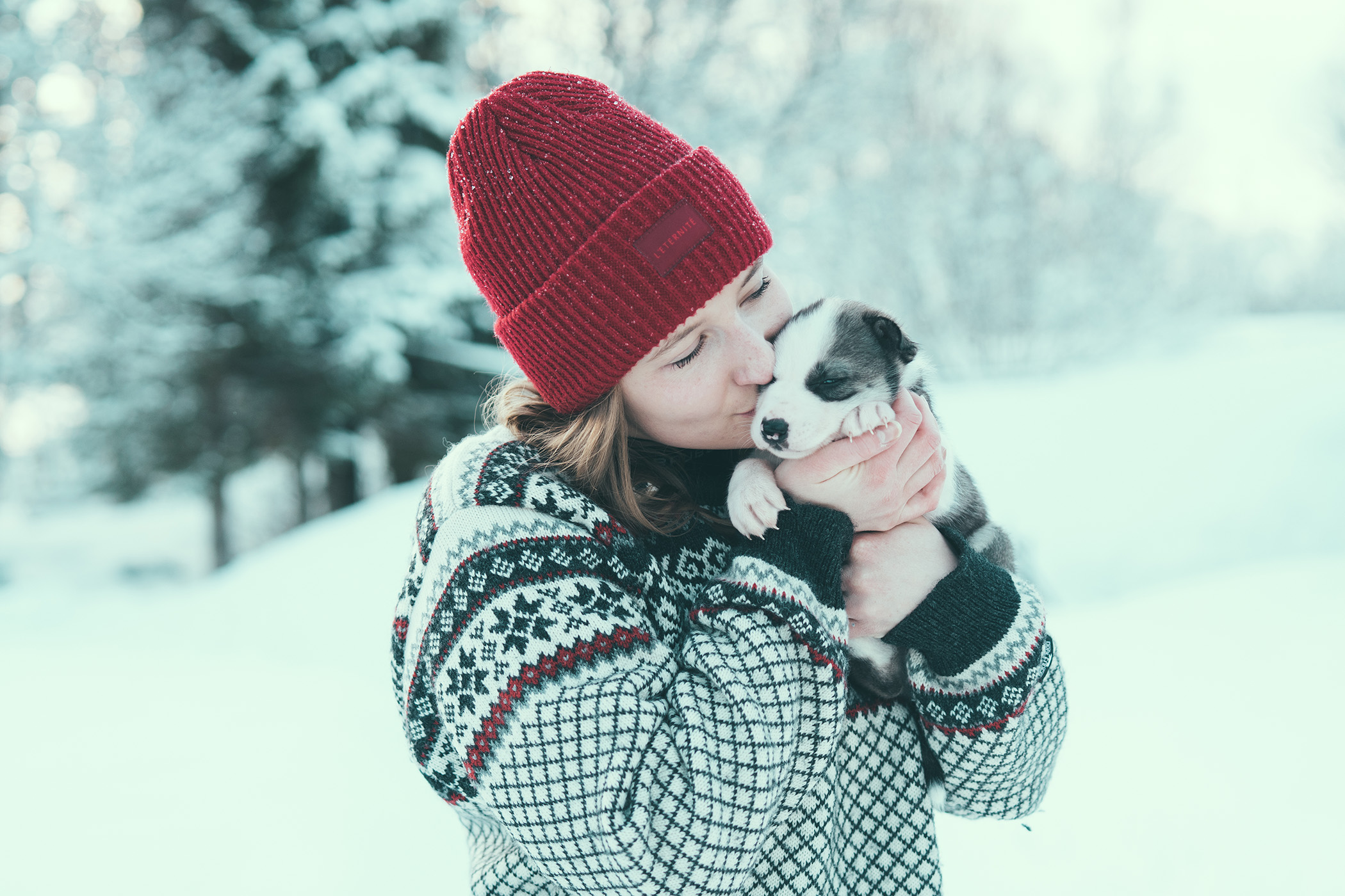 Paulina kissing puppy Yukon