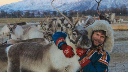 Reindeer Feeding and Sami Experience
